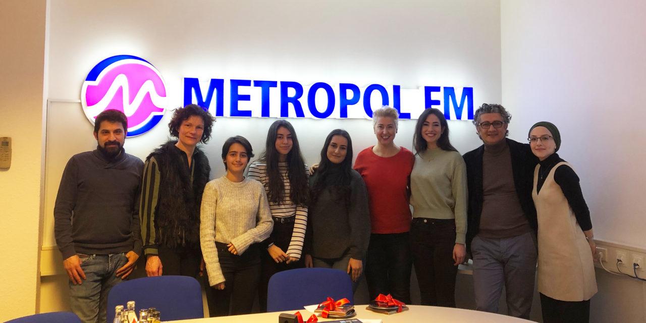 Gençler Metropol FM'de radyoculuğu yakından tanıdı