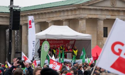 Almanya'da Kamuda Uyarı Grevleri Devam Ediyor