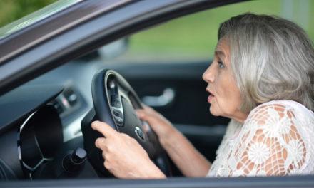 Almanya'da yaşlı sürücülere ehliyet testi öngörülmüyor
