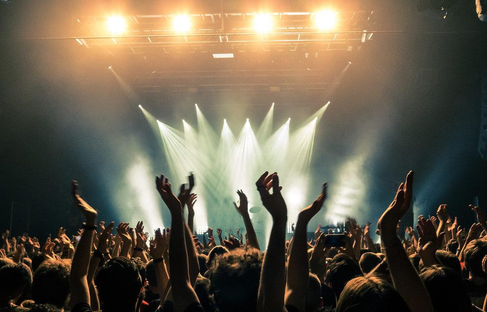 Metallica kosnerini 60 bin kişi ziyaret etti