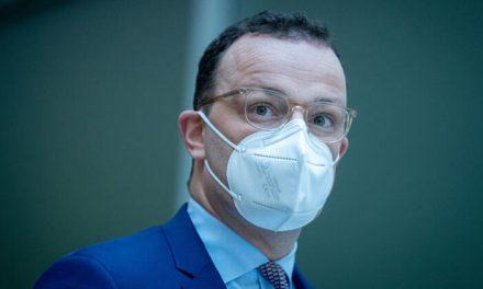 Sağlık Bakanı Jens Spahn aşı düzenlemesini imzaladı. Kime ne zaman aşı sırası geleceğini kamuoyuna açıklandı.